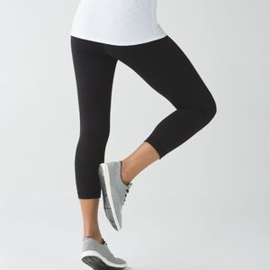 "Lululemon Wunder Under Crop (21 1/2"")"